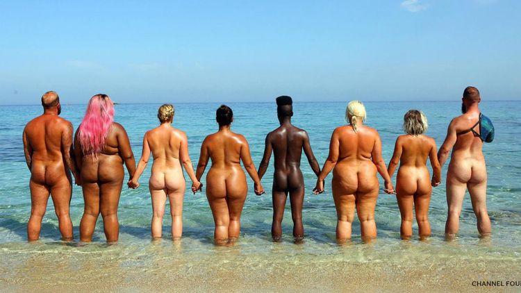Naked Beach: family watching Be - bepa   ello