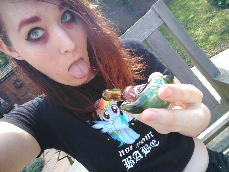 online finish bowl - selfie, trans - sami_the_sorceress | ello