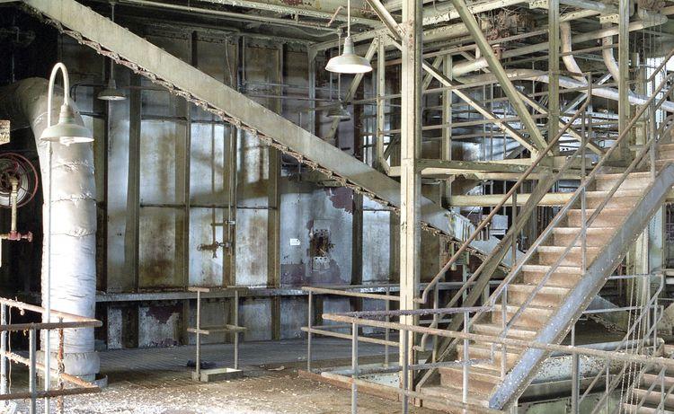 soot house - abandoned, powerplant - urbannpigeon   ello