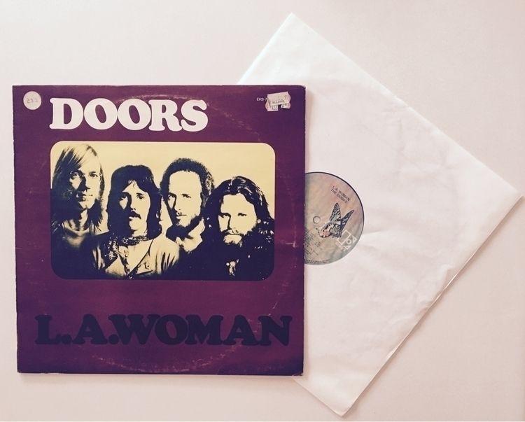 Doors kind day. Women. 1971 - vinyl - darkskieskindeyes | ello