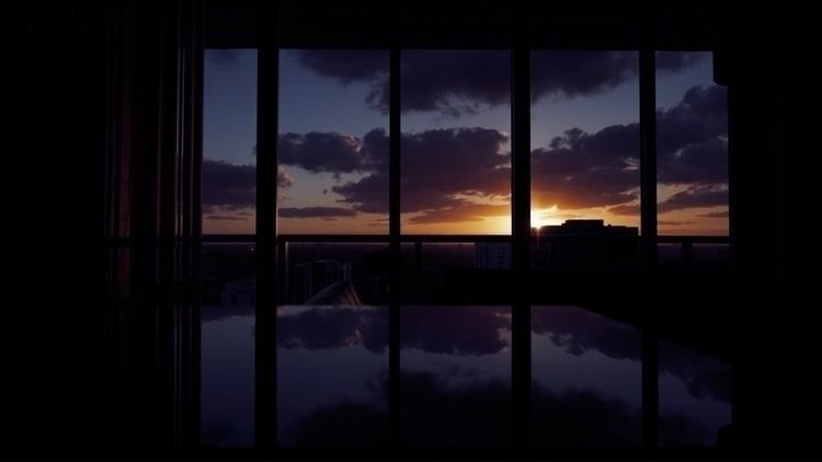 Reflection sunset - window, dark - andres10 | ello