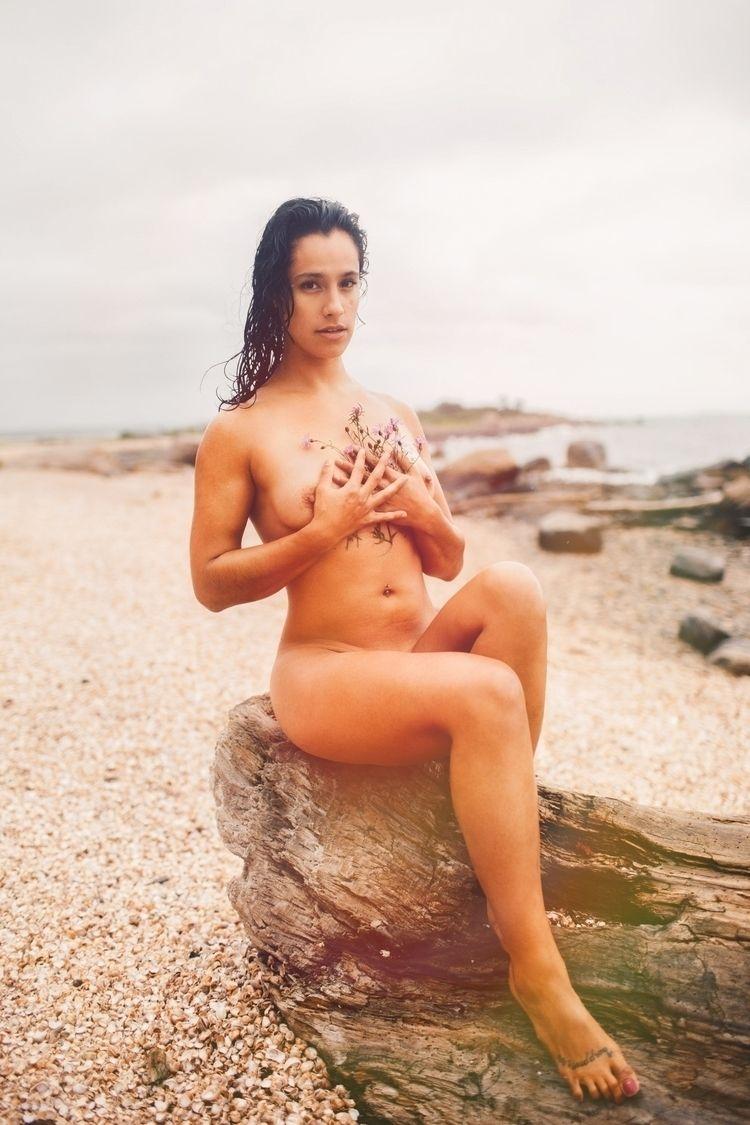 Val log - nude, nudemodel#flowers - photographermichaeljbambuch | ello