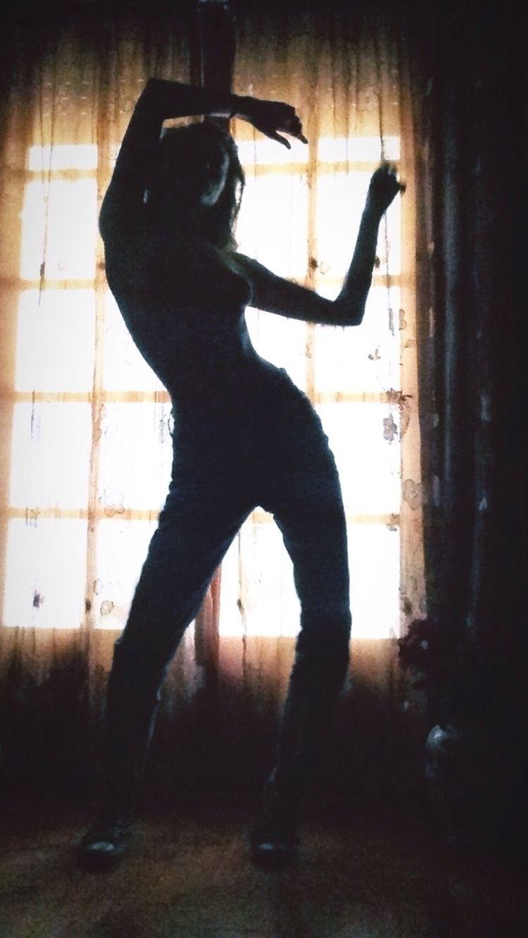 Dance watching - kohananeptune | ello