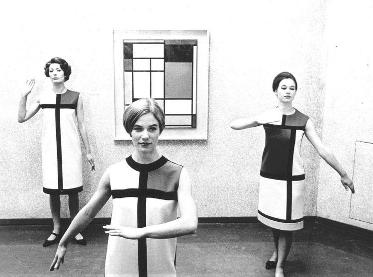 Strike pose iconic collection f - bauhaus-movement | ello