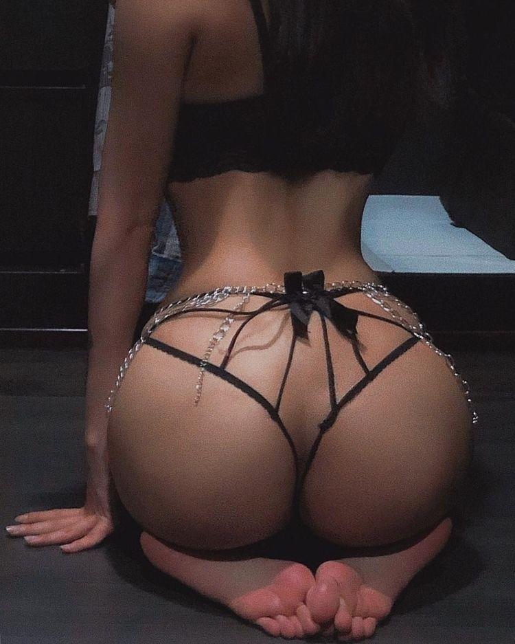 lingerie - jenniferkunis   ello