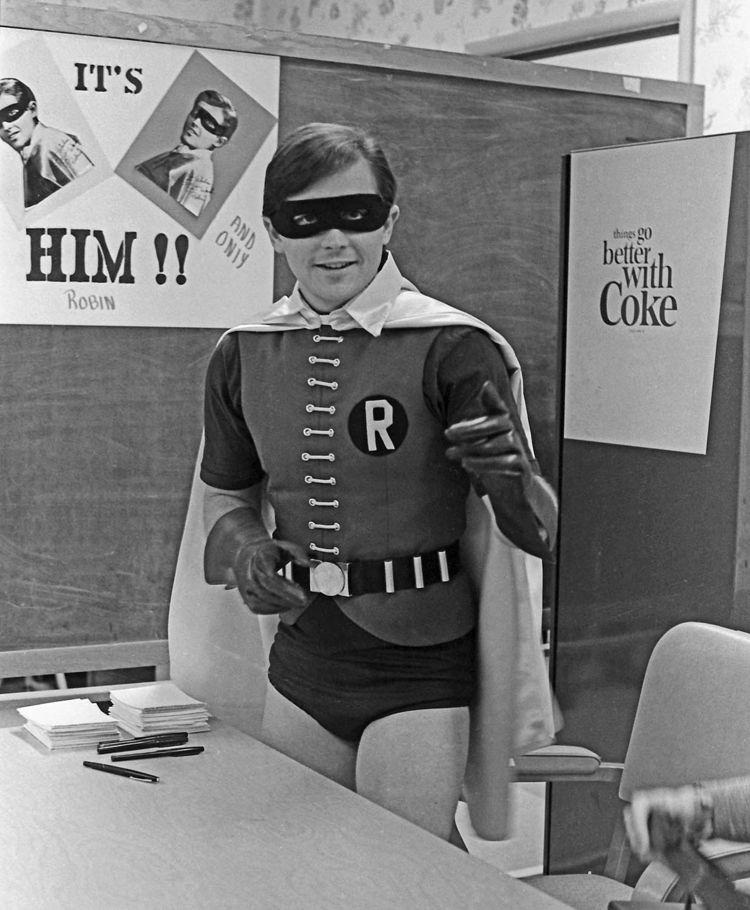 Robin - Burt Ward, 1973, person - picturecircus | ello