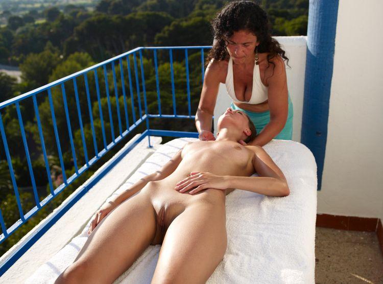 Anna orgasms outdoors massage.  - sunflower22a | ello