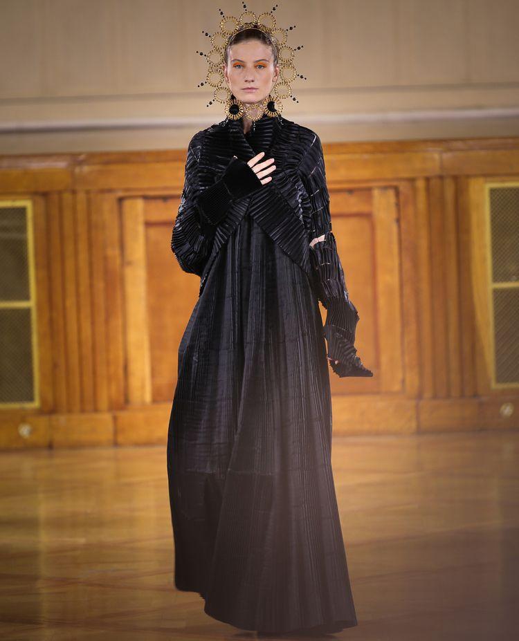 couturecollection, couturedress - felixfelixfashionmode   ello