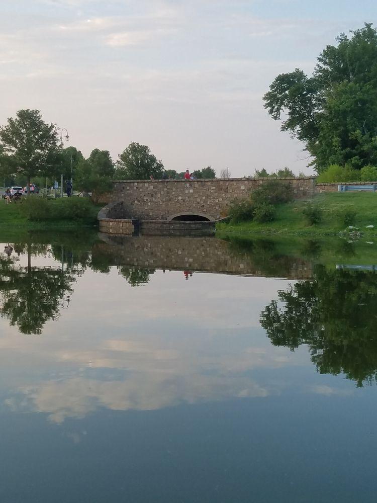 Riverside park TN - artisticbeauty | ello