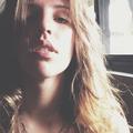 Bianca Teixeira (@biancateixeira) Avatar