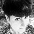 Laura (@freshmilkart) Avatar