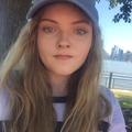 Becca (@beccaald) Avatar