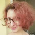 Julia Mladenova (@juliamladenova) Avatar