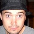 Lewis (@ellew83) Avatar