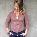 Victoria - just another mom that knits (@theknittingaddict) Avatar