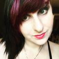 Julianne (@magneticmiss) Avatar