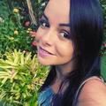 Carina  (@carinamenezes) Avatar
