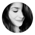 Ana (@nanzev) Avatar