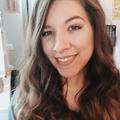 Vanessa (@livinfreely) Avatar
