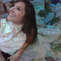 Jennifer Schnell (@jennerfins) Avatar