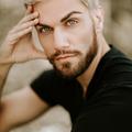 Stephen Robert (@shotsbyrobert) Avatar