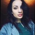 Yvonne (@yvonneadams1998) Avatar