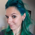 Angela  (@angelahowell) Avatar