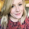 Courtney Mattern (@pleasantavenue) Avatar