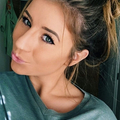 Julie Tehran (@julie_tehran) Avatar
