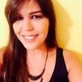 Lívia Lins  (@livialins) Avatar