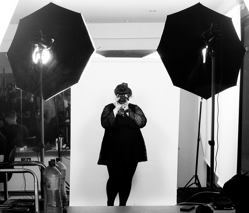 Diana Thompson (@fashionlovesphotos) Cover Image