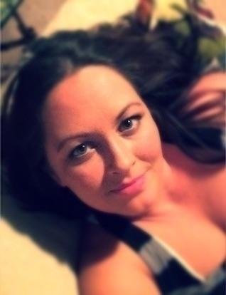 Tina  (@livinlife) Cover Image