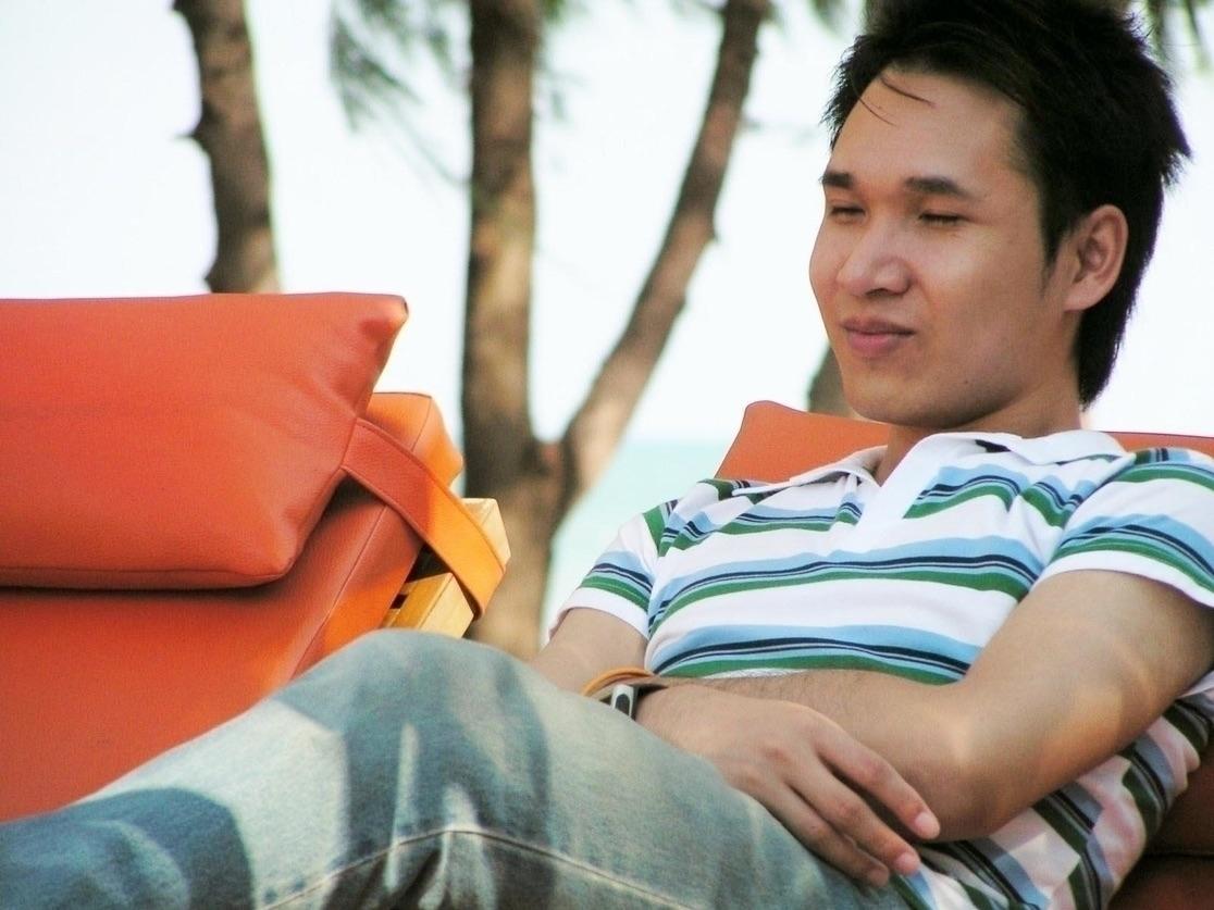 Narongsak Intachaiwong (@narongsak) Cover Image
