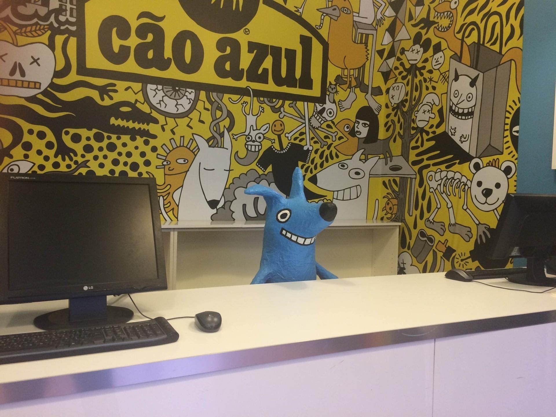Cão Azul (@caoazultees) Cover Image