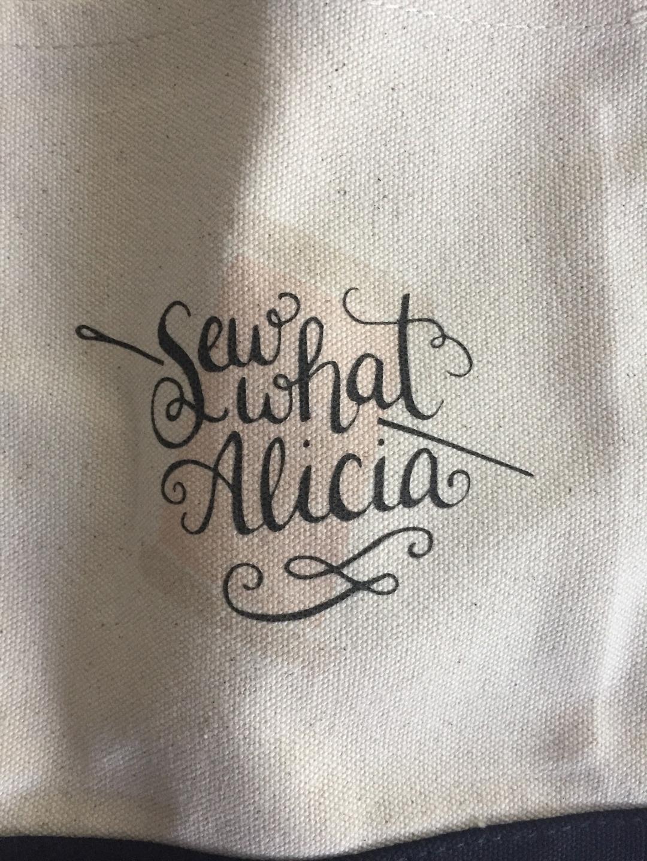 Alicia (@sewwhatalicia) Cover Image