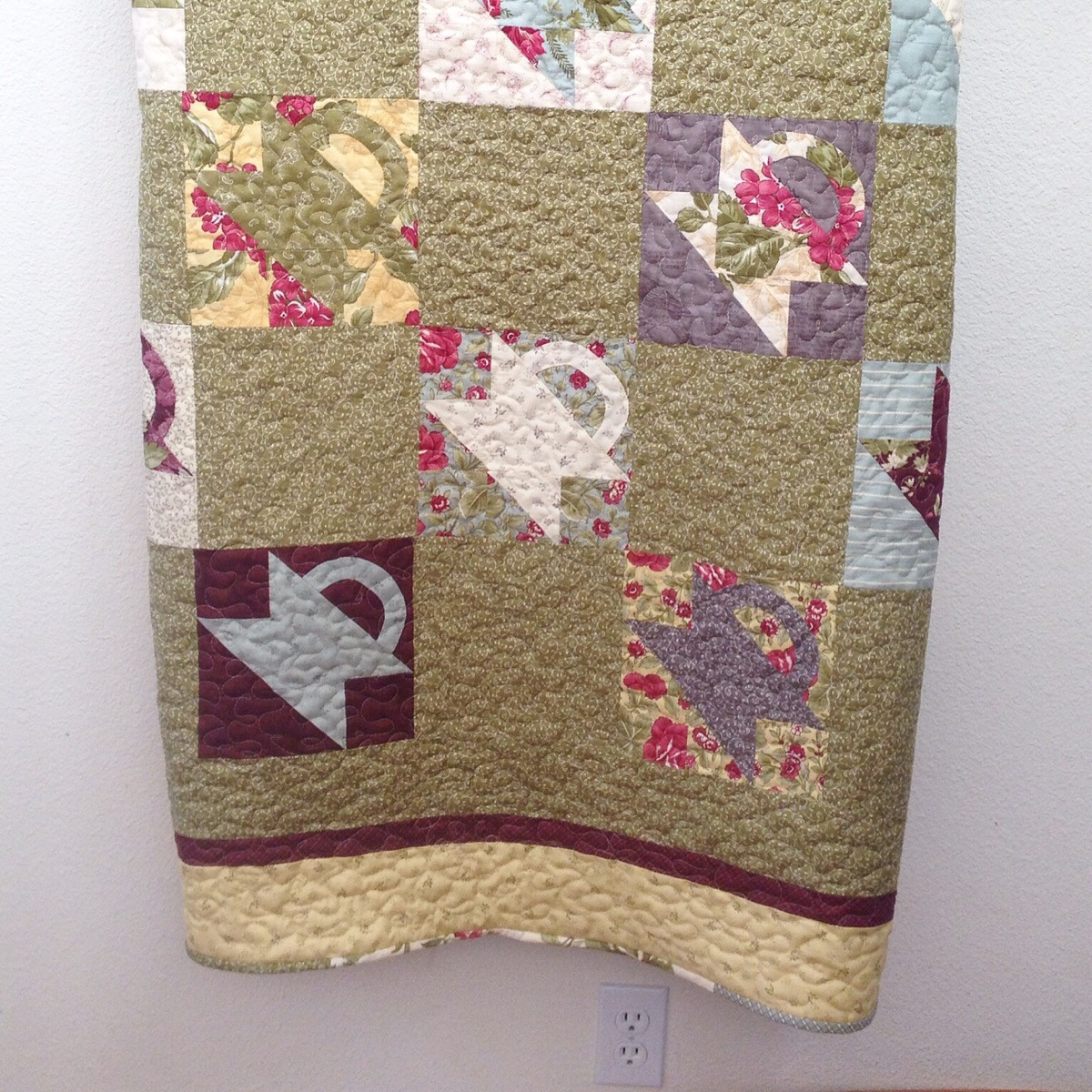 Dottie (@warm_memories_quilting) Cover Image