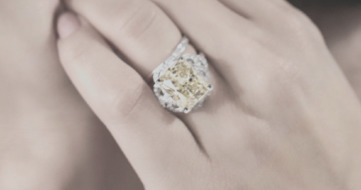 Diamond Specialist (@diamondspecialist) Cover Image