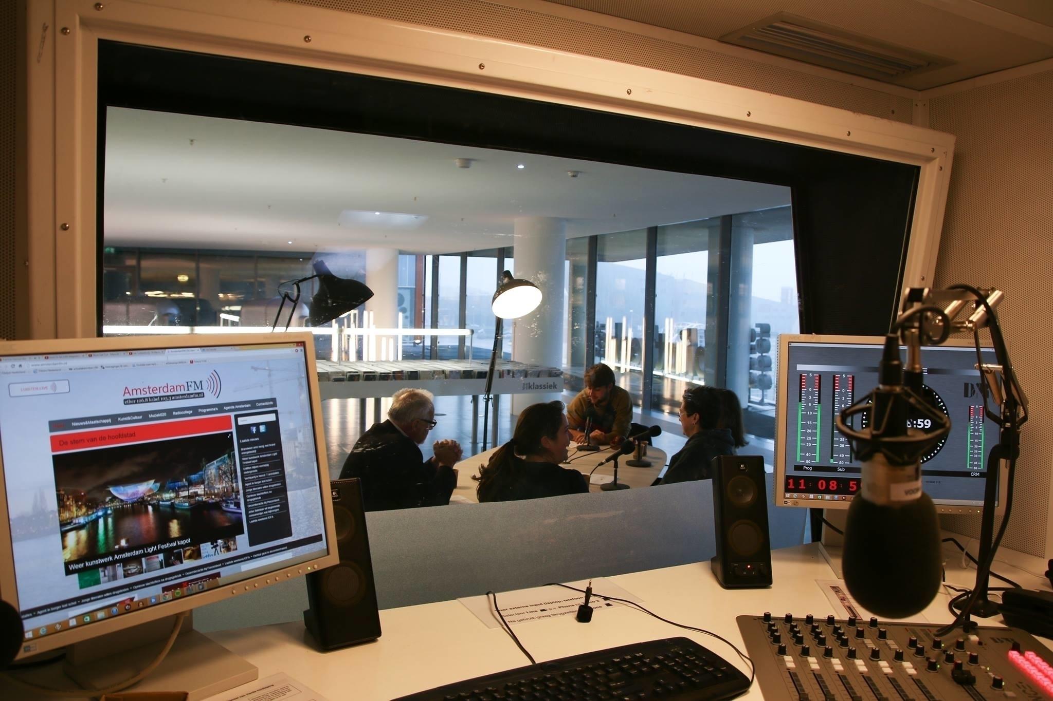 Radio Swammerdam Wetenschap Podcast (@radioswammerdam) Cover Image