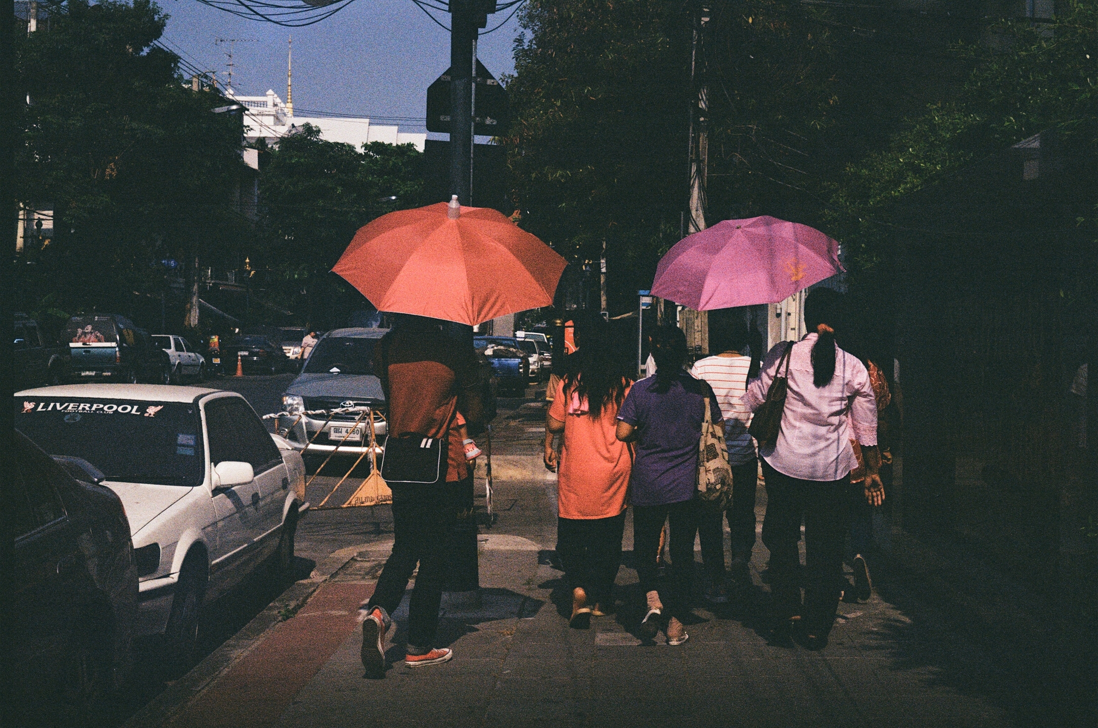 Sitthinon Phongraktham (@usespacestudio) Cover Image