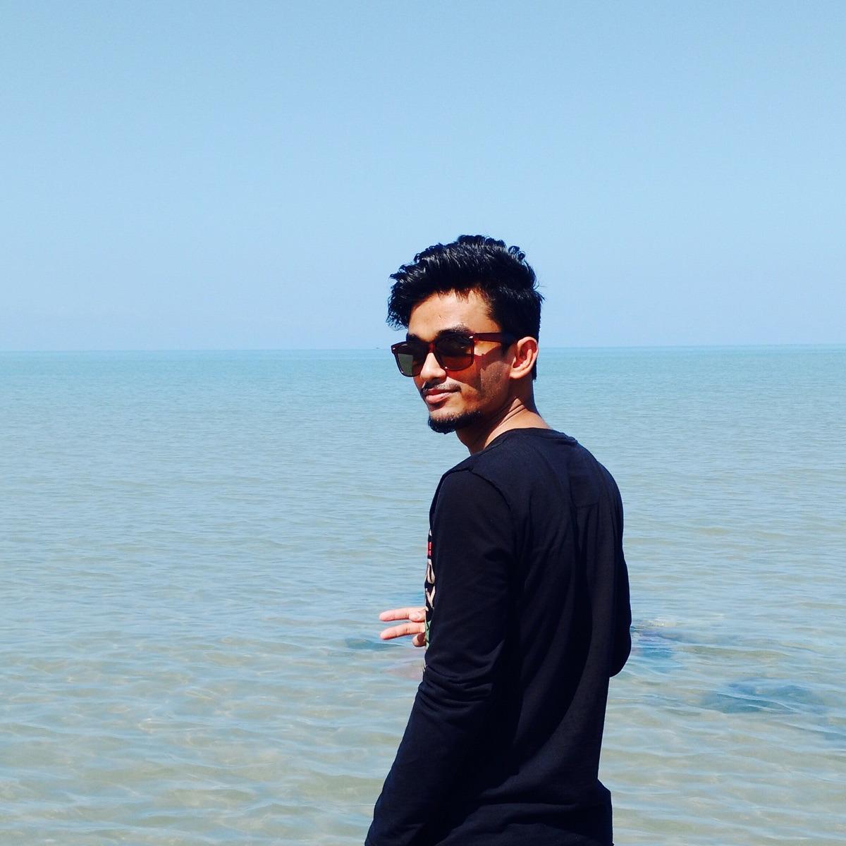 sharaf (@sharaf_ali) Cover Image