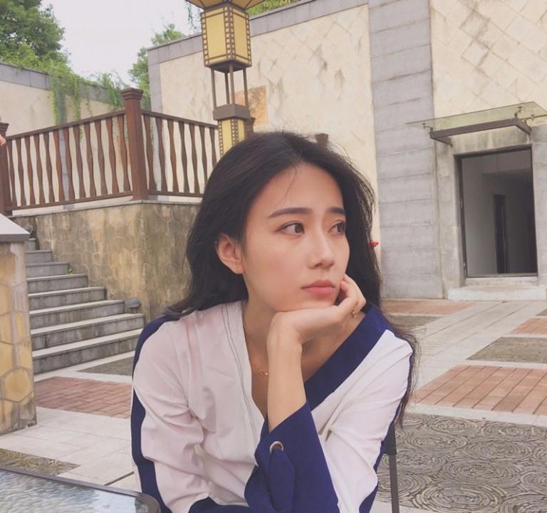 LiuYi (@liuyi) Cover Image