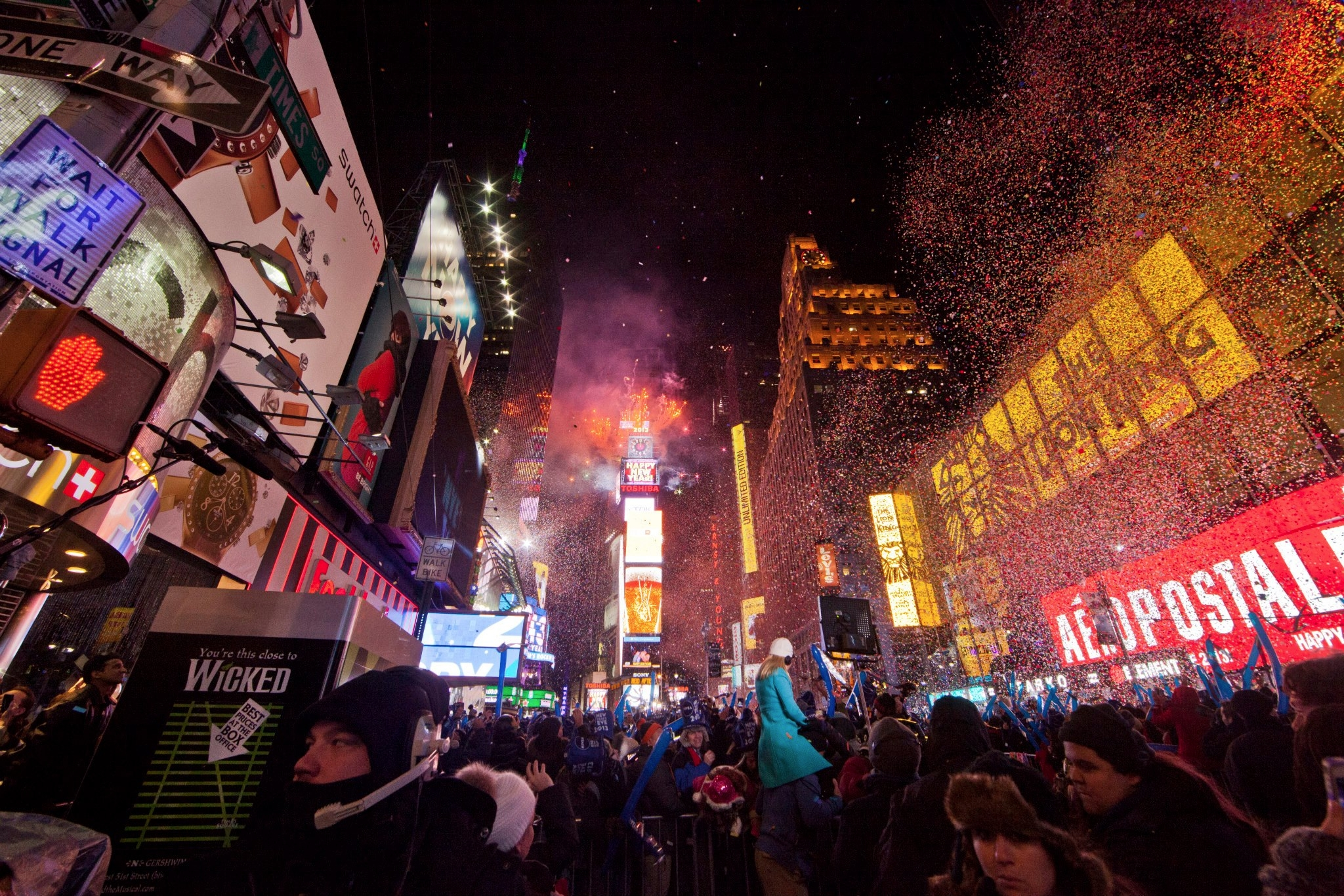NYE NYC (@nyenyc) Cover Image