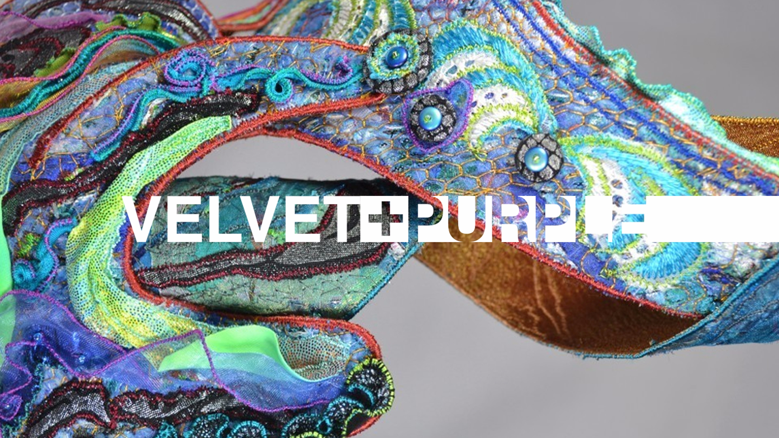 Velvet And Purple (@velvetandpurple) Cover Image