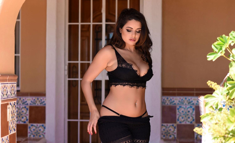 Priya Sinha (@kavyasinha2244) Cover Image