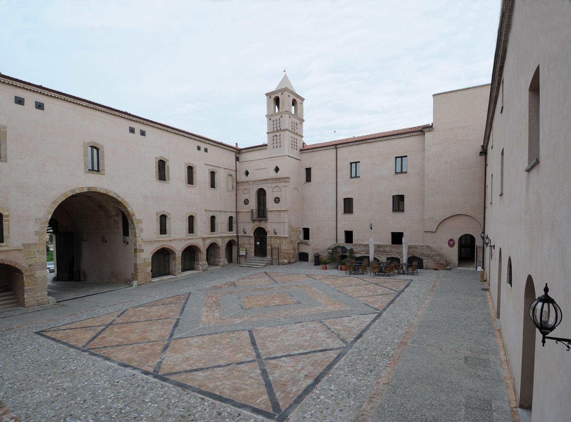 Castello di Policoro (@castellodipolicoro) Cover Image
