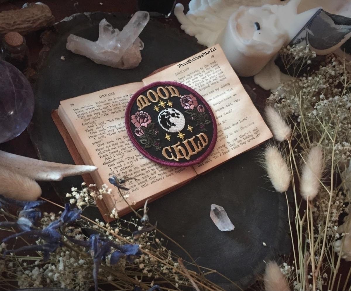 Moon Goddess Market (@moongoddessmarket) Cover Image