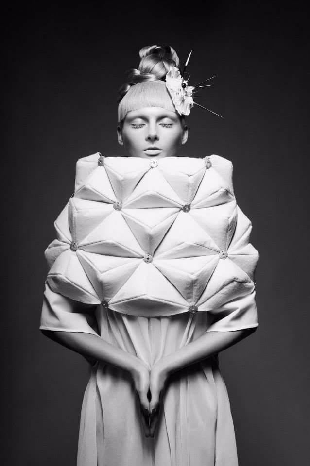 Giulia Grincia(BELLIGERANT CIRCUS)  (@belligerantcircus) Cover Image