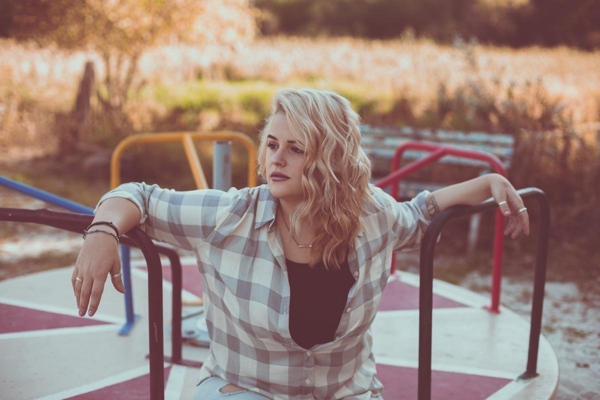 Hannah Hartzler  (@hannahhartzler) Cover Image