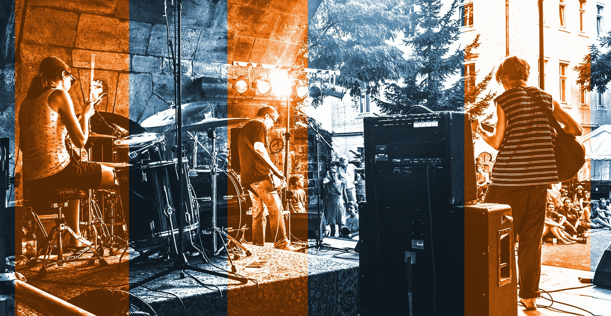 Andi Valandi & Band (@andivalandi) Cover Image