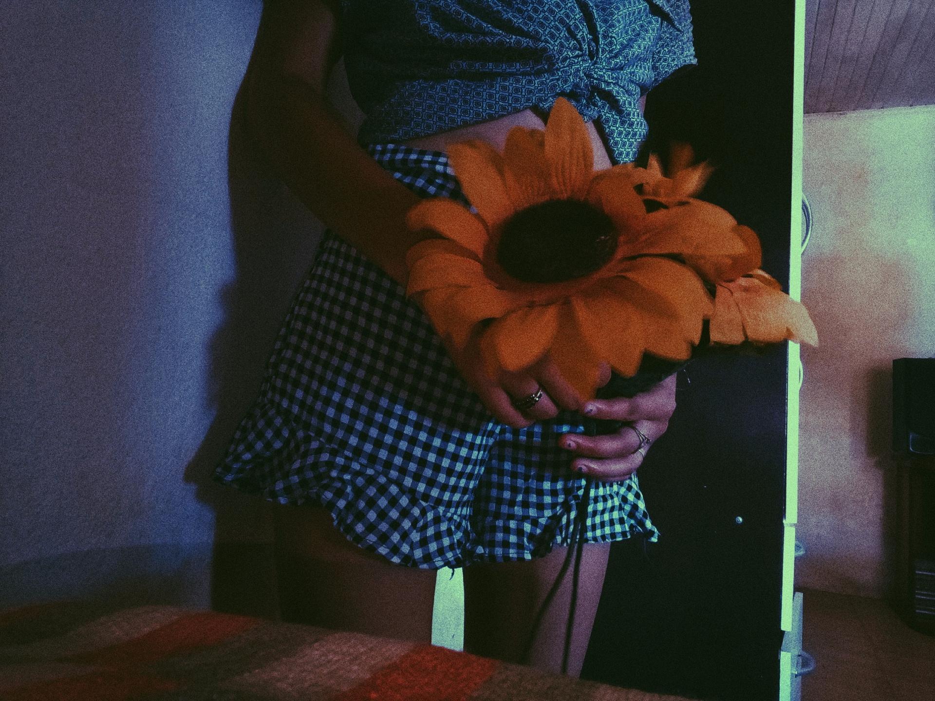 Leticia  (@letticiaalopez) Cover Image